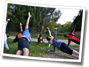 Triathletes at DZ Fall Triathlon Clinic 2016 complete a core strength training set